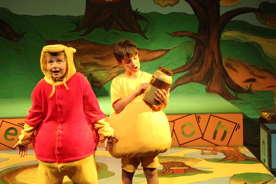Winnie the Pooh Kids 2016